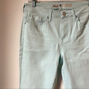 Seven7 NWOT Mint Cropped Raw Hem Jeans AH